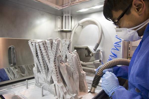 3D Принтирания компонен точно след изработка